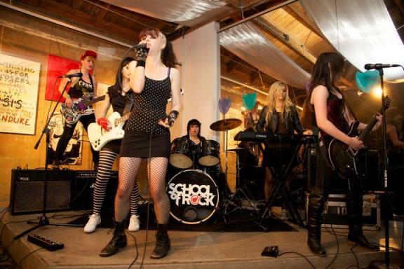 COM-School of Rock