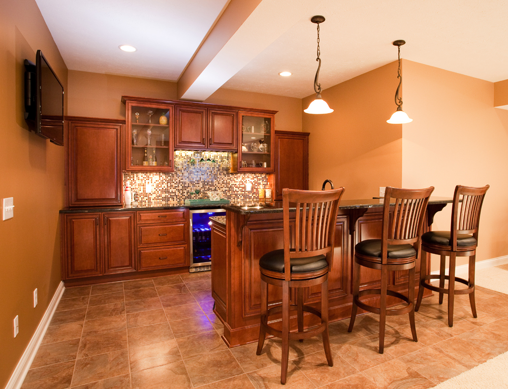 Adding basement wet bar current in carmel Wet bar images
