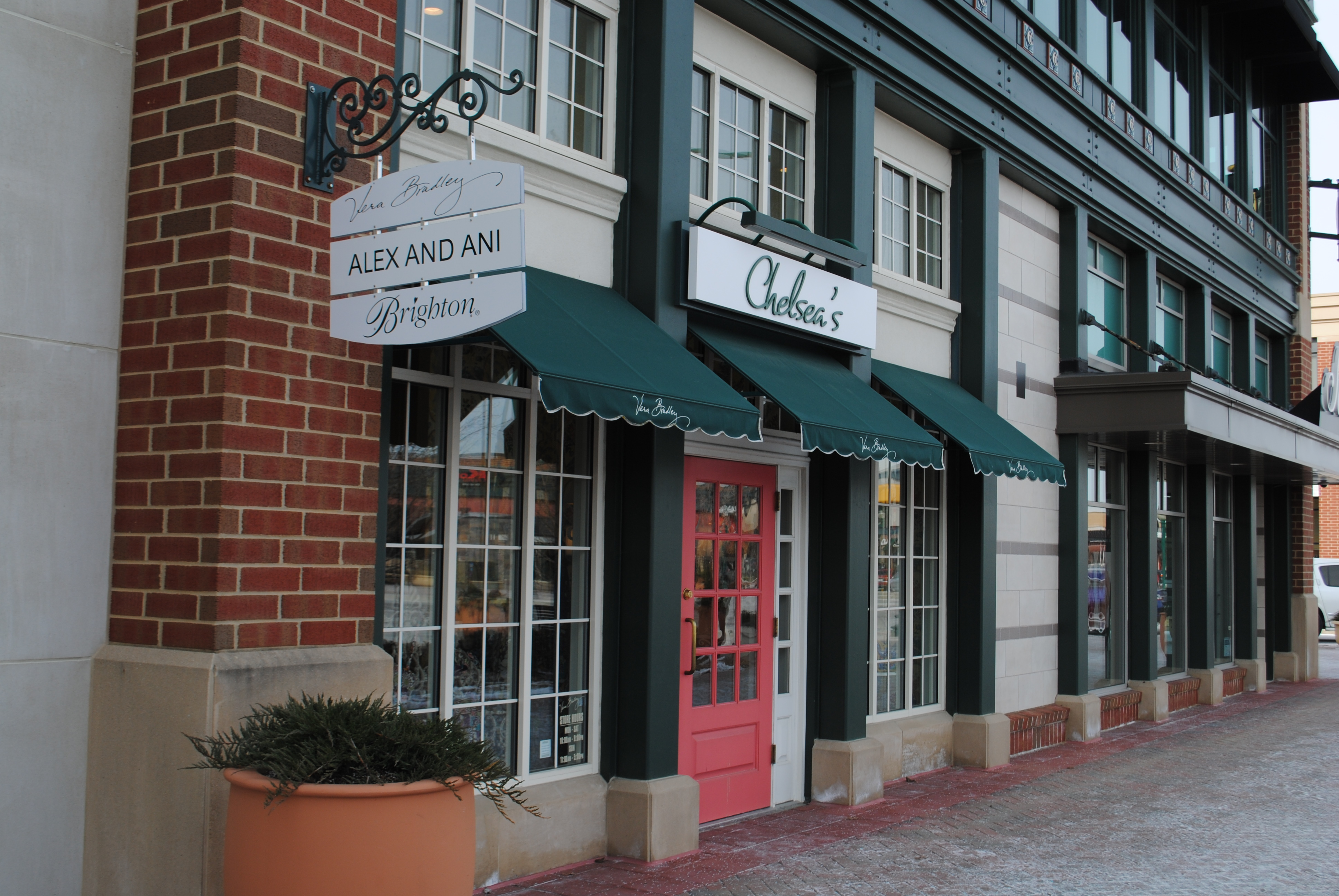 Chelsea s brings vera bradley brighton and more to clay for 14300 clay terrace blvd carmel in