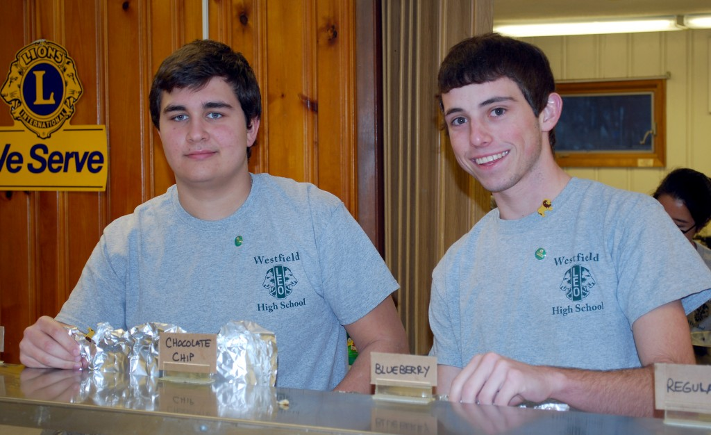 Seniors Dylan Otto and Robert Draper, who also serves as Leo Club president. (Photos provided by Jeff Larrison)