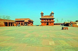 CiZ-Travel-Hall of Private Audiences at Fatehpur Sikri