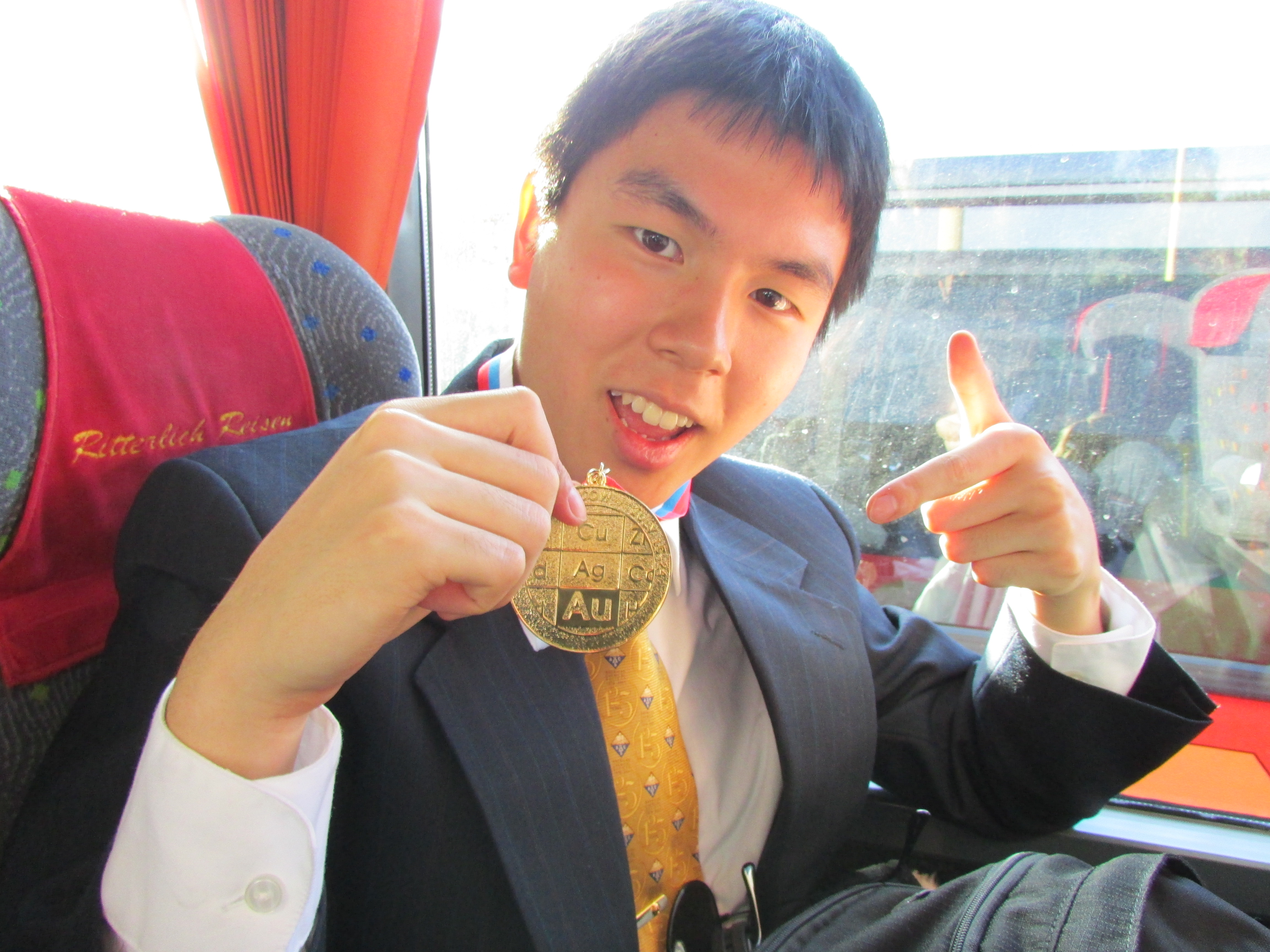 David Laing shows off his gold medal. (Submitted photo)