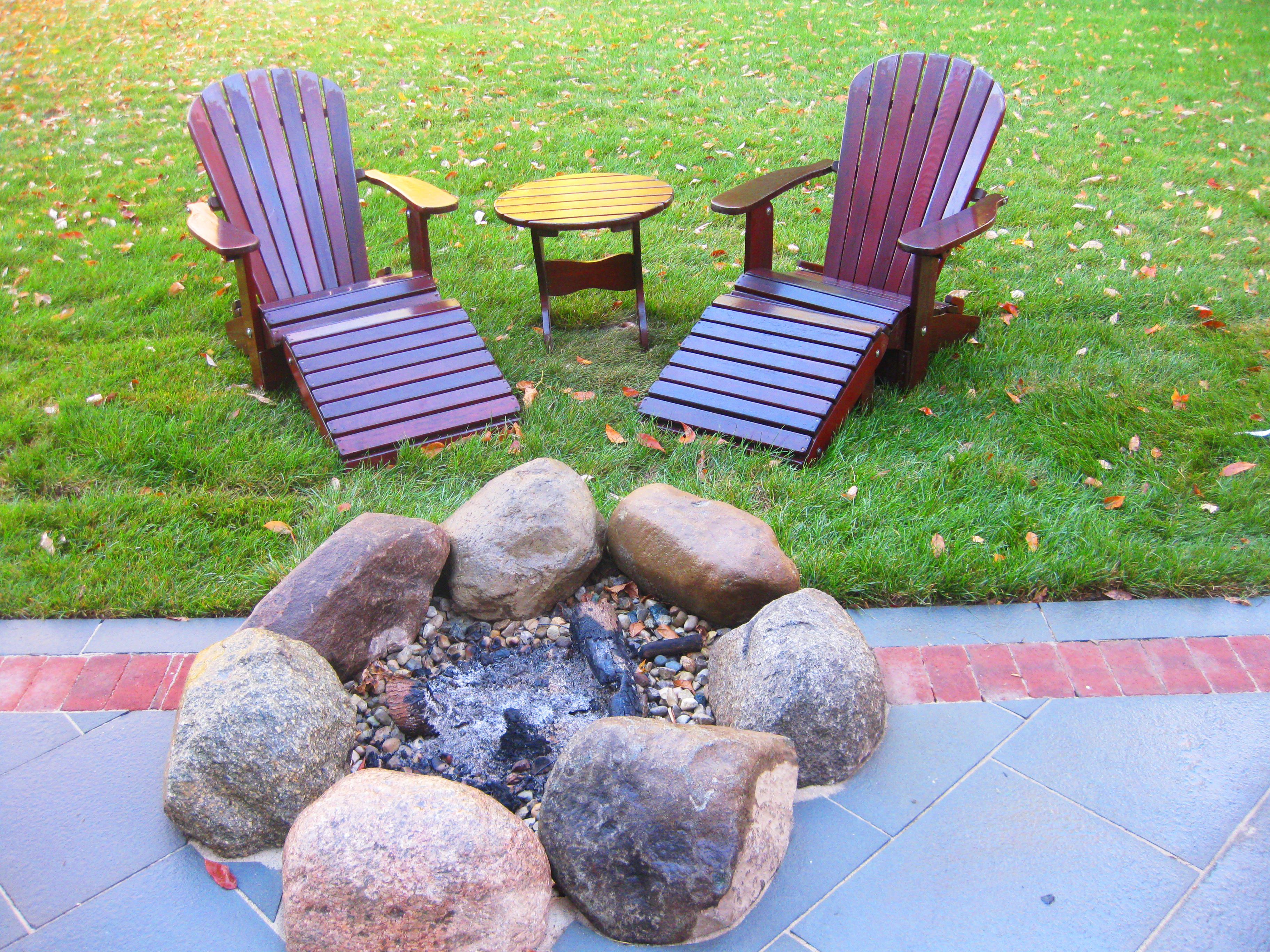 rowles patio, wall, fire 010