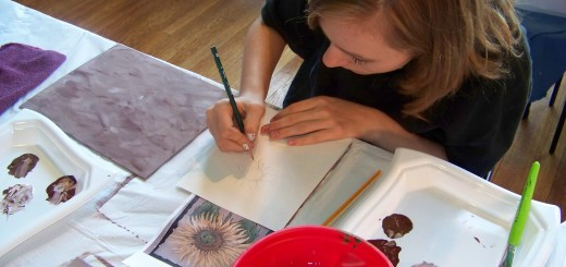 Alexis Reynolds draws a sunflower in the Acrylic Painting class. (Photo provided by Nickel Plate Arts)