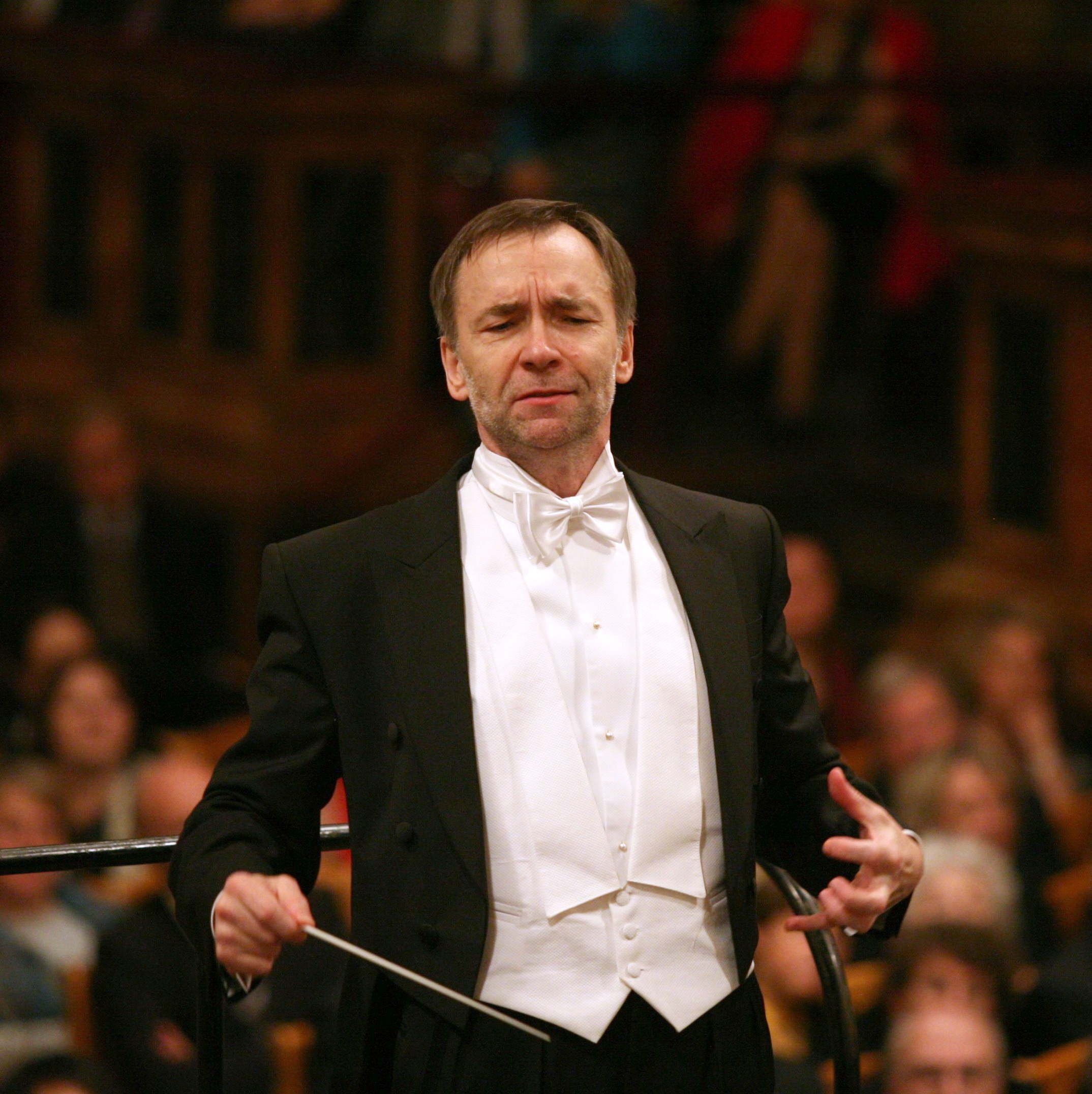 Boguslaw Dawidow of Poland will conduct the Haifa Symphony Orchestra during its performance at the Palladium on Feb. 19. (submitted photo)
