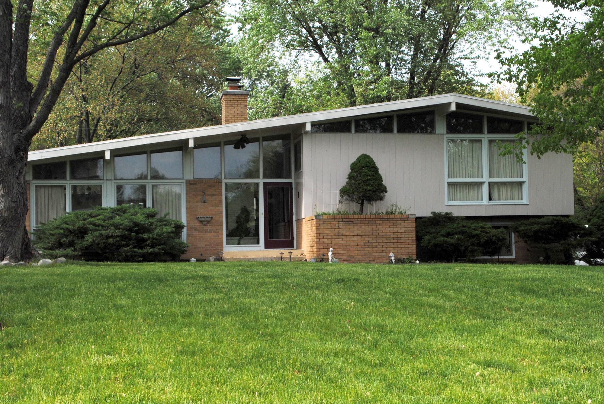 Avriel Shull designed the homes in Carmel's Thornhurst neighborhood near Main Street and Guilford Road. (Staff photo)