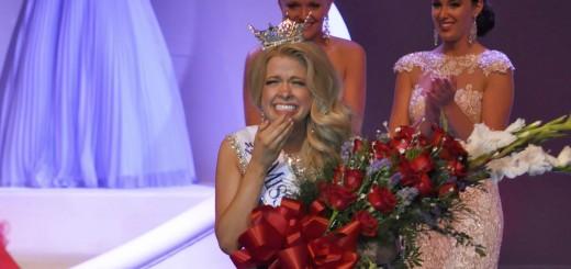CIF-COM Miss Indiana  (1)FEAT