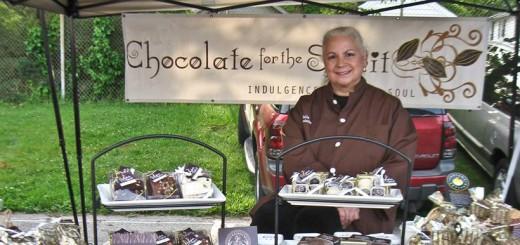 COM_CIF_8-26_Chocolatier (1)FEAT