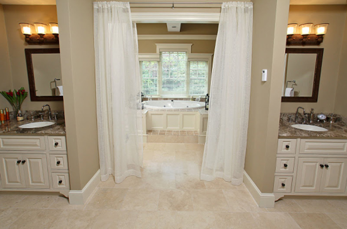 Column the benefits of a jack and jill bathroom - Jack and jill bathroom plans ...