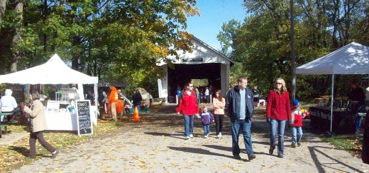 Arts and craft vendors fill the outside and inside of Potter's Bridge during the annual fall festival. Organizers said more than 70 vendors will attend this year's event. (File photo)
