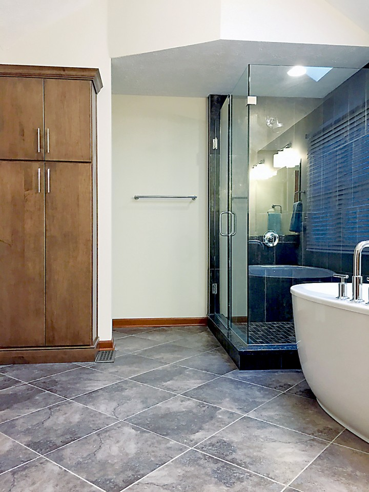 Column five flooring ideas to better the bathroom for Most popular bathroom tile designs
