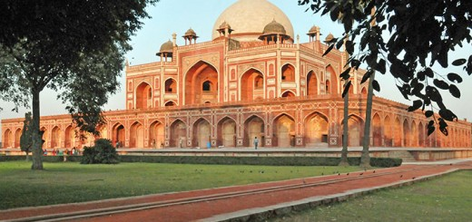 Tomb of Mughal Emperor Humayun. (Photo by Don Knebel)