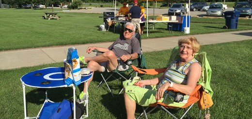 Phil and Elaine Stephens of Carmel set up early to watch the weekly Sunday Lions Park concert last week. (Photos by Anna Skinner)