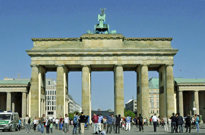 Berlin's Brandenburg Gate from the West. (Photo by Don Knebel)