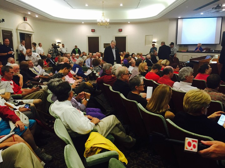 A packed house inside the city hall conference room. (Photo by Adam Aasen)