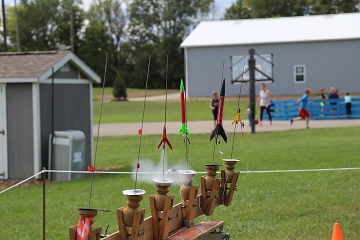 CIC-COM-0929-Scouts Rockets 1