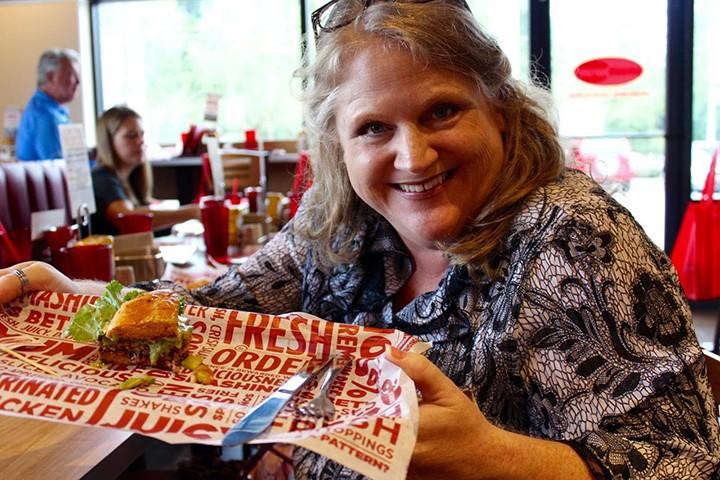 CIC-DOUGH-1013- Smash burger snapshot3
