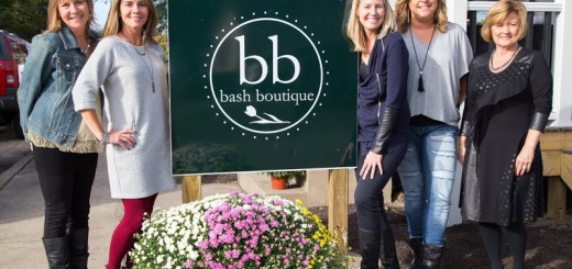 Bash Boutique hosted a grand opening in its new location, 149 N. Walnut St., on Oct. 1. From left: Julie Kinzer, Beth Reynolds, Amber Noone, Jody McQuitty and Luwana Mitchell. (Photos by Feel Good Now)
