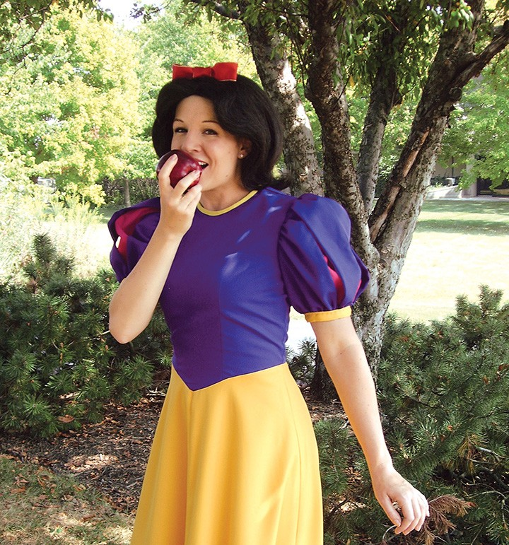 """Trisha Shepherd as Snow White in last year's production of """"Snow White,"""" at Beef & Boards. This year's show opens Oct. 16. (File photo)"""