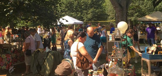 Shoppers enjoy a traditional Indie Arts and Vintage Marketplace last year. This is the first year the marketplace will set up shop for a weekend in Hamilton Co. (Submitted photo by Troy Burt)