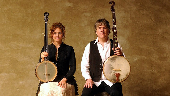 Bela Fleck, right, and wife Abigail Washburn will perform in Carmel Oct. 23. (Submitted photo)