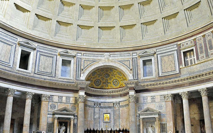 Interior of Pantheon in Rome (Photo by Don Knebel)