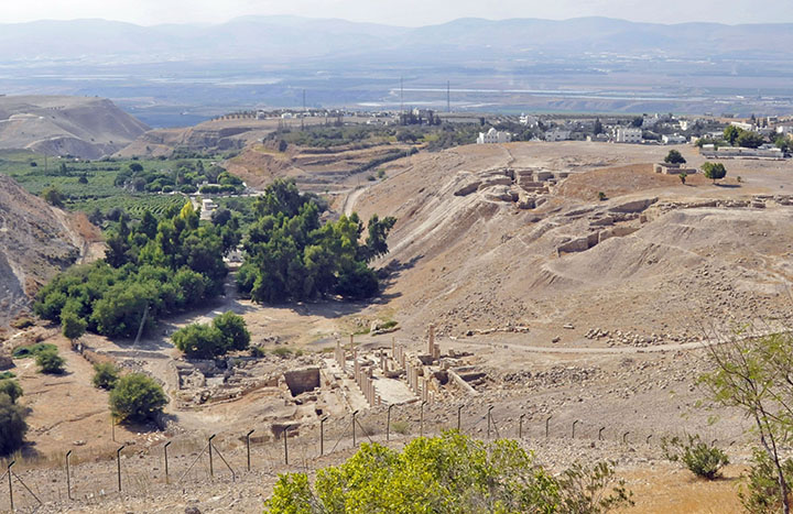 Ruins of Pella, overlooking Jordan River Valley. (Photo by Don Knebel)