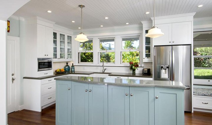 column adding color to your kitchen cabinets