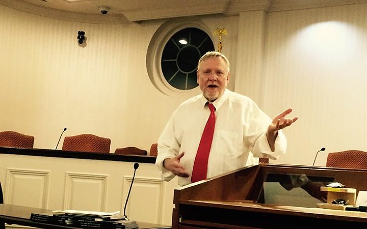 Steve Martin speaks to the Hamilton Co. Civil War Roundtable. (Photo by Mark Ambrogi)