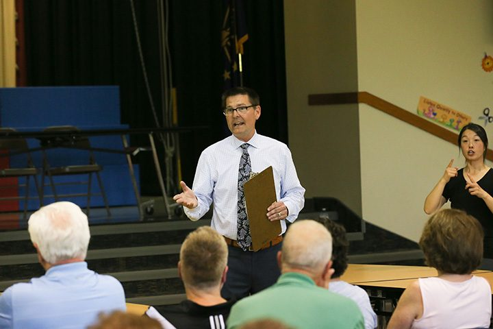 City Councilor Jeff Worrell speaks to residents of Carmel's southeast district at a community meeting May 11 at Woodbrook Elementary. (Photo by Ann Marie Shambaugh)