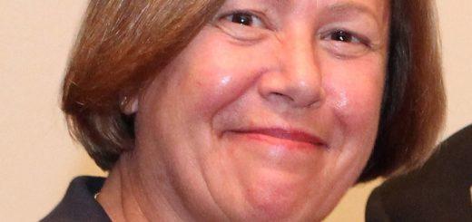 CIF-COM-Gail Bardach