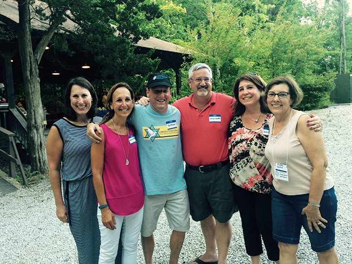 From left, BBQ Shabbat organizers Becky Selig, Cheryl Peisner, Jon Peisner, Jerry Lande, Beth Lande and Mickie Gurvis. (Photo by Mark Ambrogi).