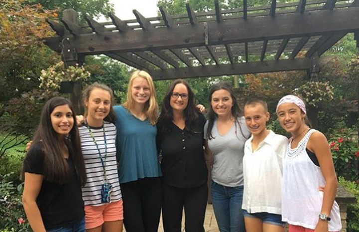 Hamilton Southeastern High School Sisters Help Grant Wishes With