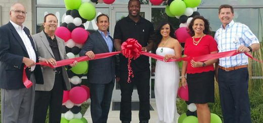 From left, Bruce Kimball, Ron Carter, Matt Brereton, Kendall Langford, Dee Brereton, Laura Campbell and Jeff Worrell at the OneZone Juice Bar ribbon cutting Oct. 7. (Photos by Heather Collins)