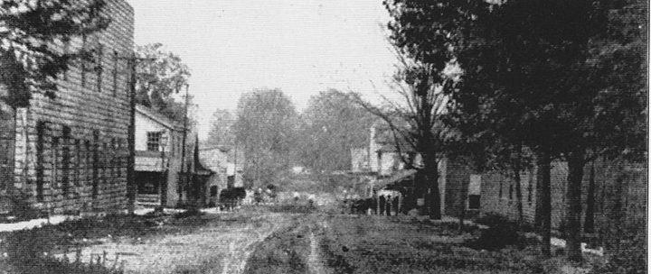 This view of Main Street looking west shows the condition of Carmel streets in 1908. (Courtesy of Phil Hinshaw)