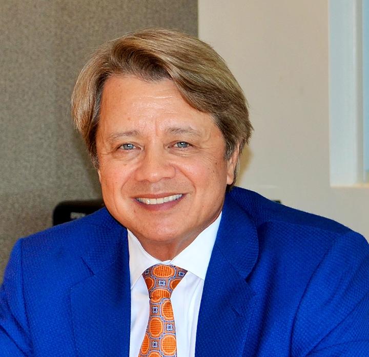 Wonderful Car Dealer Terry Lee Earns National Honors