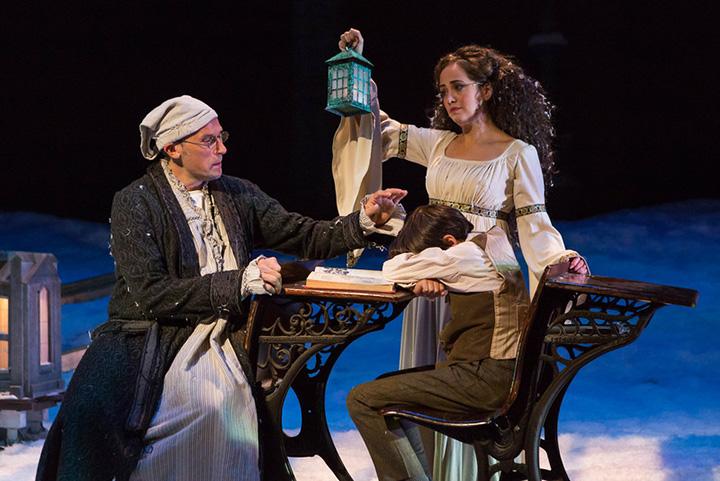 A Christmas Carol Play.Indiana Repertory Theater S A Christmas Carol Plays