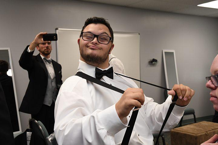 CIC-COM-0815-Down Syndrome Wedding 3