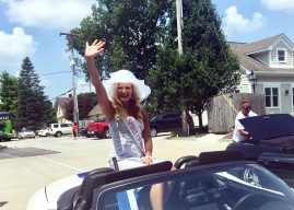 Snapshot: Miss Indiana contestants parade on Main, sign autographs in Boone Village
