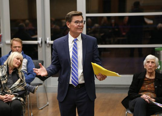 Carmel city councilor's town hall meeting covers proposed parking prohibitions near schools, increase in fraud reports