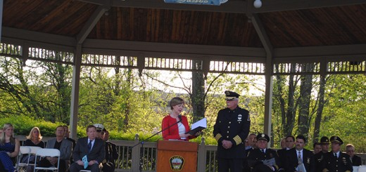 Rep. Susan Brooks speaks at the memorial service. (Photo by Mark Ambrogi)