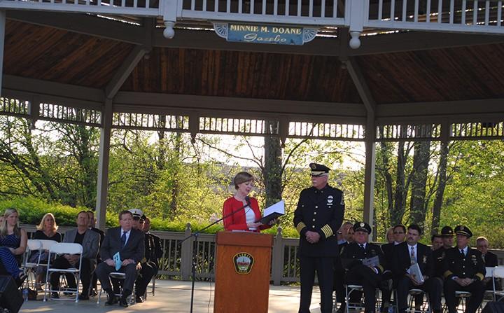 Rep. Susan Brooks speaks at the memorial service. (Photo by Mark Ambrogi)